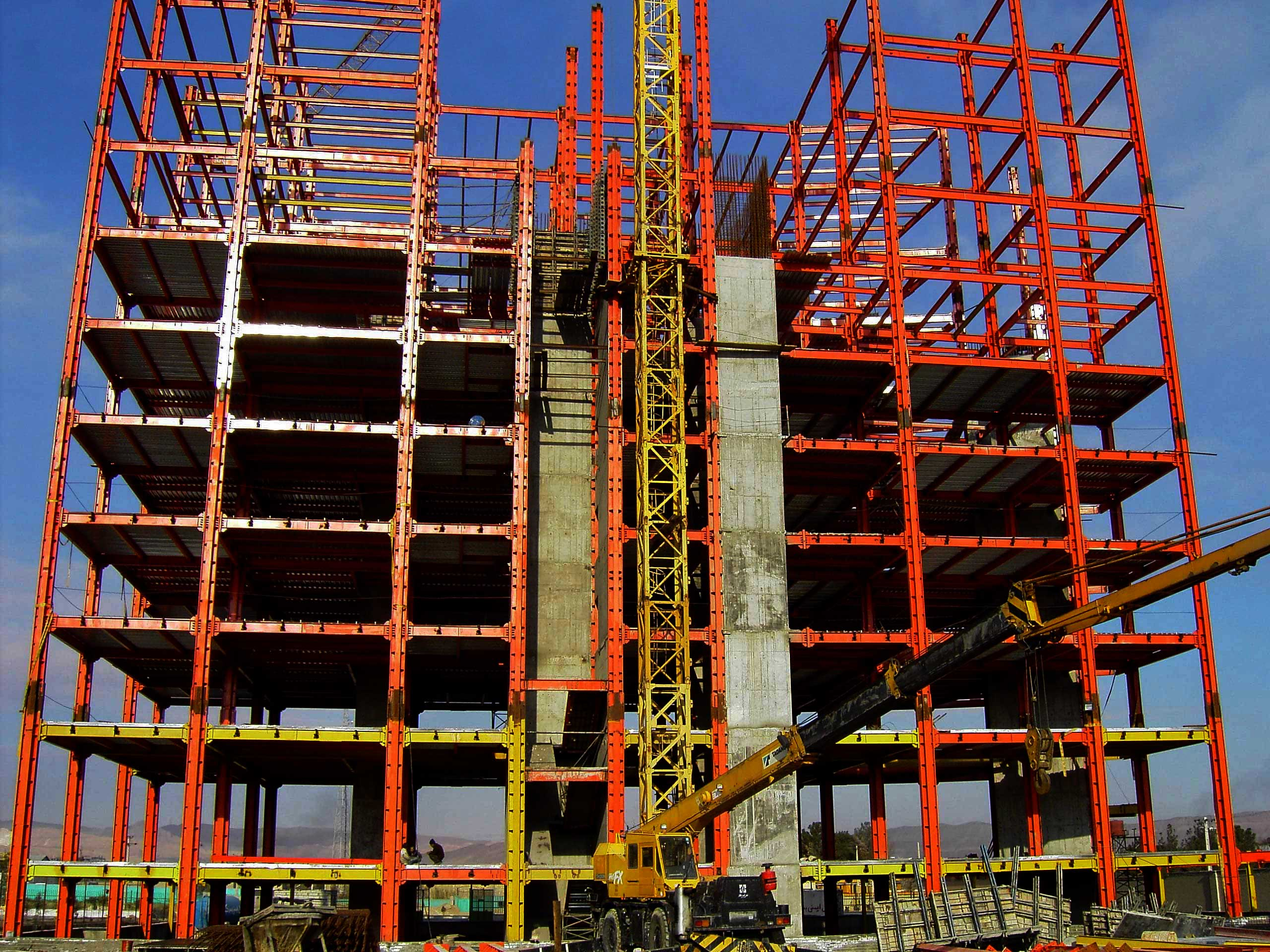 اسکلت فلزی انواع ساختمان از نظر سازه و باربری