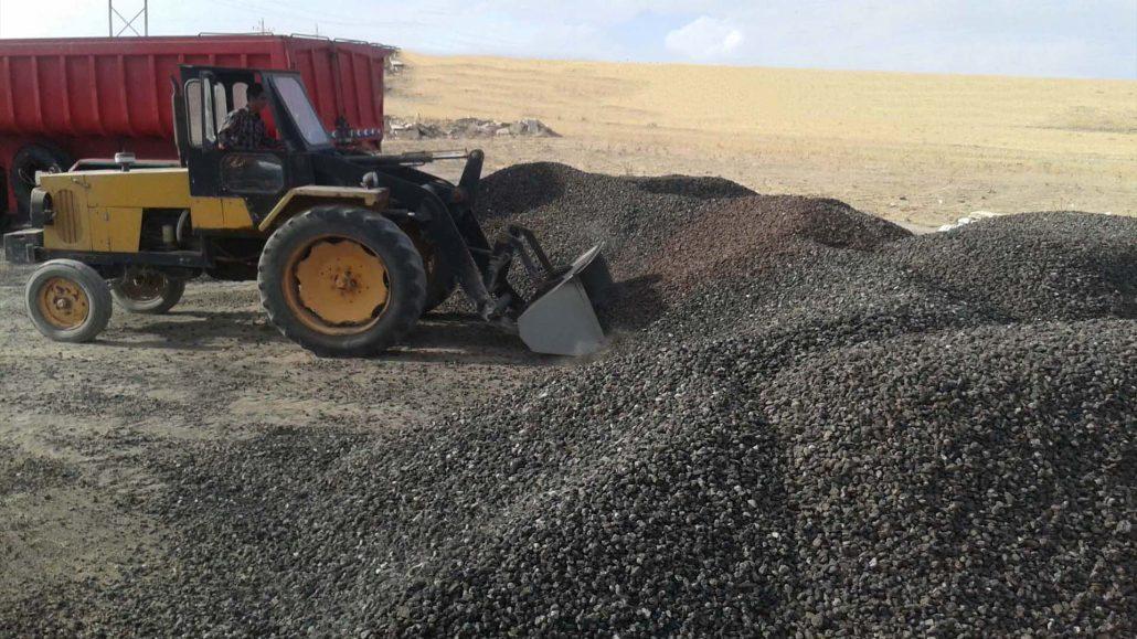 معدن پوکه 1030x579 پوکه معدنی : شیب بندی حیاط