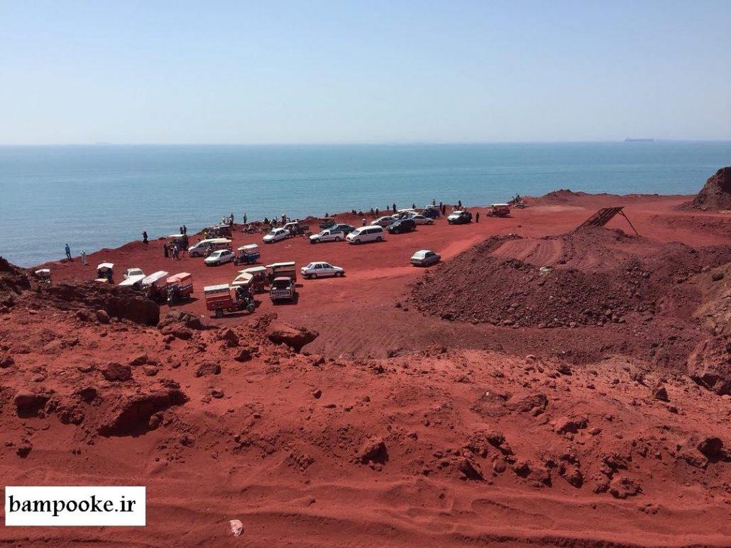 خاک قرمز جزیره هرمز2 1030x773 بهشت زمین شناسی جهان
